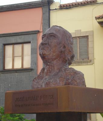 MONUMENTO A JOSE LUJAN PEREZ. 2007