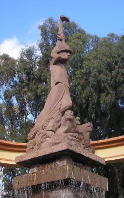 MONUMENTO AL CAMPESINO Y GANADERO