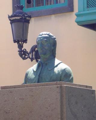 MONUMENTO A  JOSE VIERA Y CLAVIJO