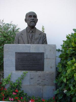 MONUMENTO A JUAN RAMON JIMENEZ
