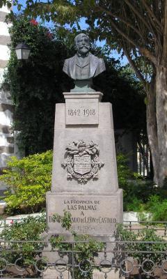 MONUMENTO A FERNANDO  LEON Y CASTILLO