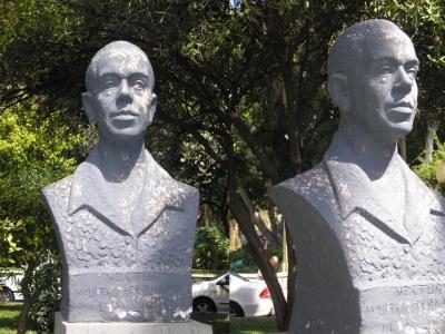 MONUMENTO A  NESTOR MARTIN- FERNADEZ DE LA TORRE
