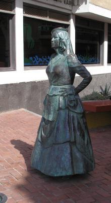 MONUMENTO A MARY SÁNCHEZ