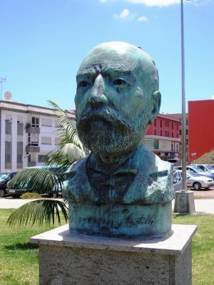 MONUMENTO A JUAN DE LEON Y CASTILLO
