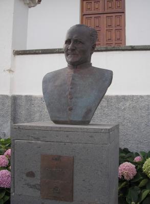 MONUMENTO A DON NICOLÁS RODRIGUEZ QUINTANA