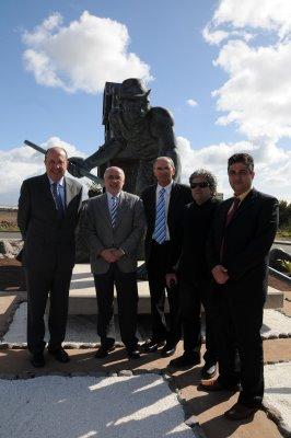 Santa Lucía, Agüimes e Ingenio inauguran la escultura 'El Salinero'