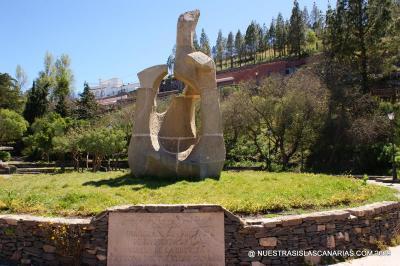 MONUMENTO AL FOLKLORE  CANARIO