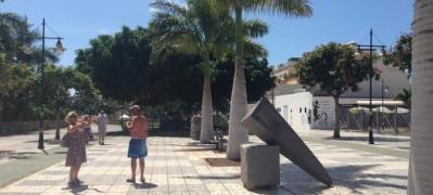 Las esculturas del Bicentenario se exponen en Playa de Mogán